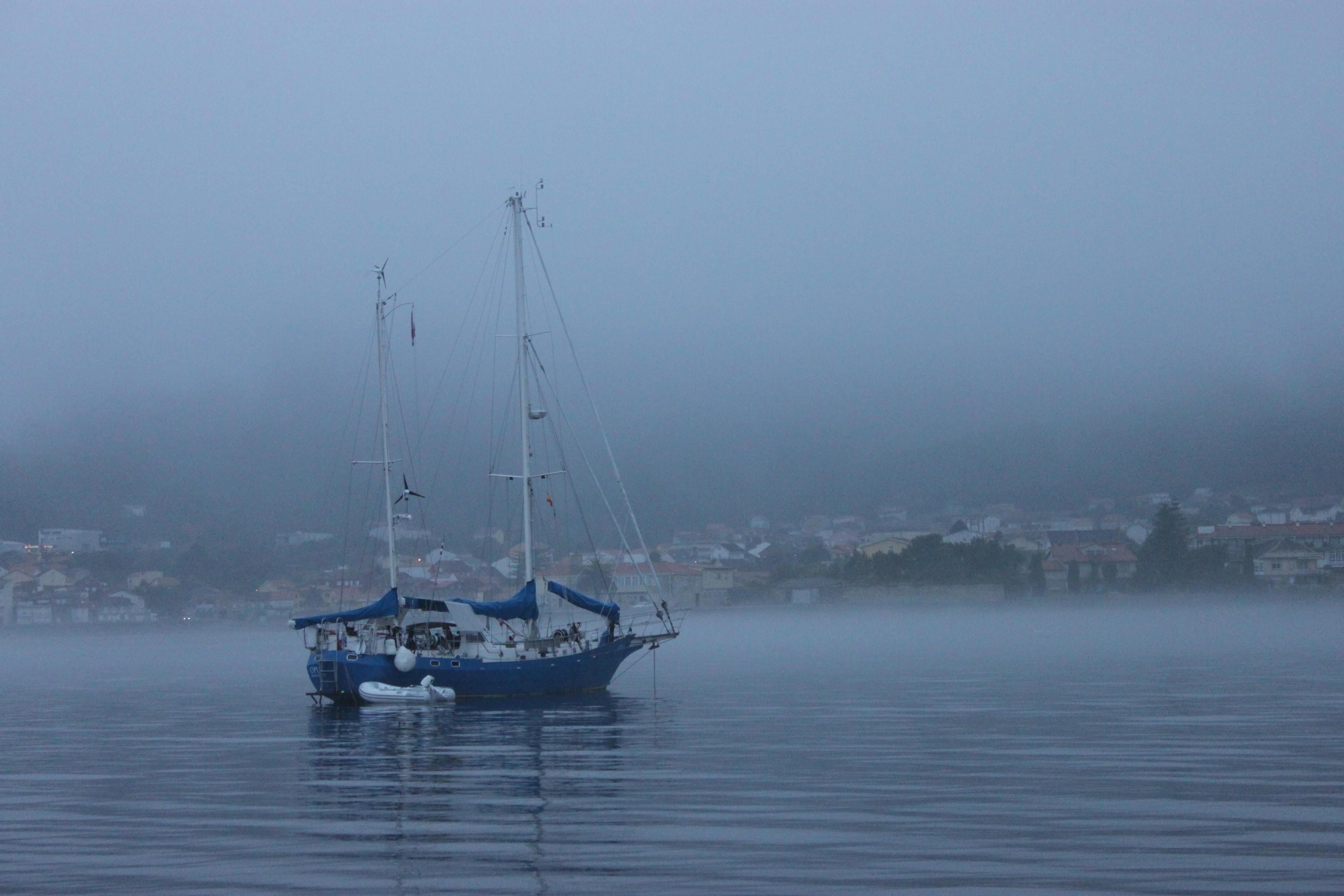 18 Big Blue Boat